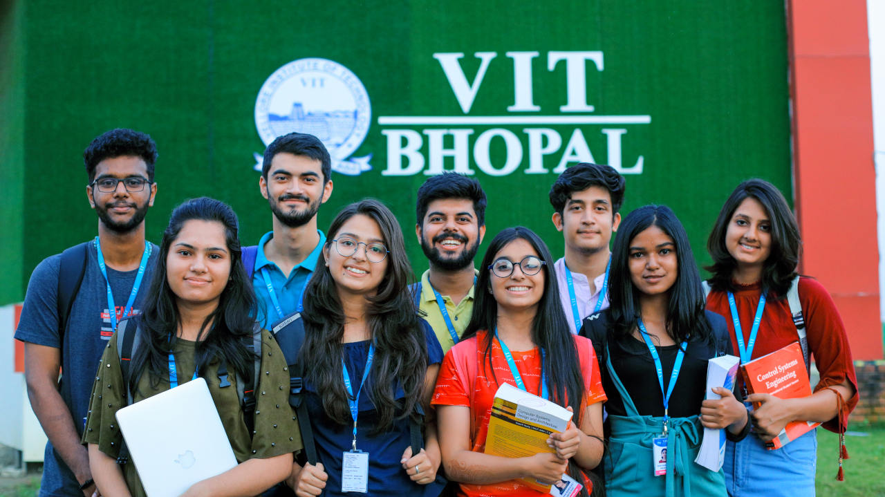 VIT Bhopal  - Best University in Central India -  sdasd