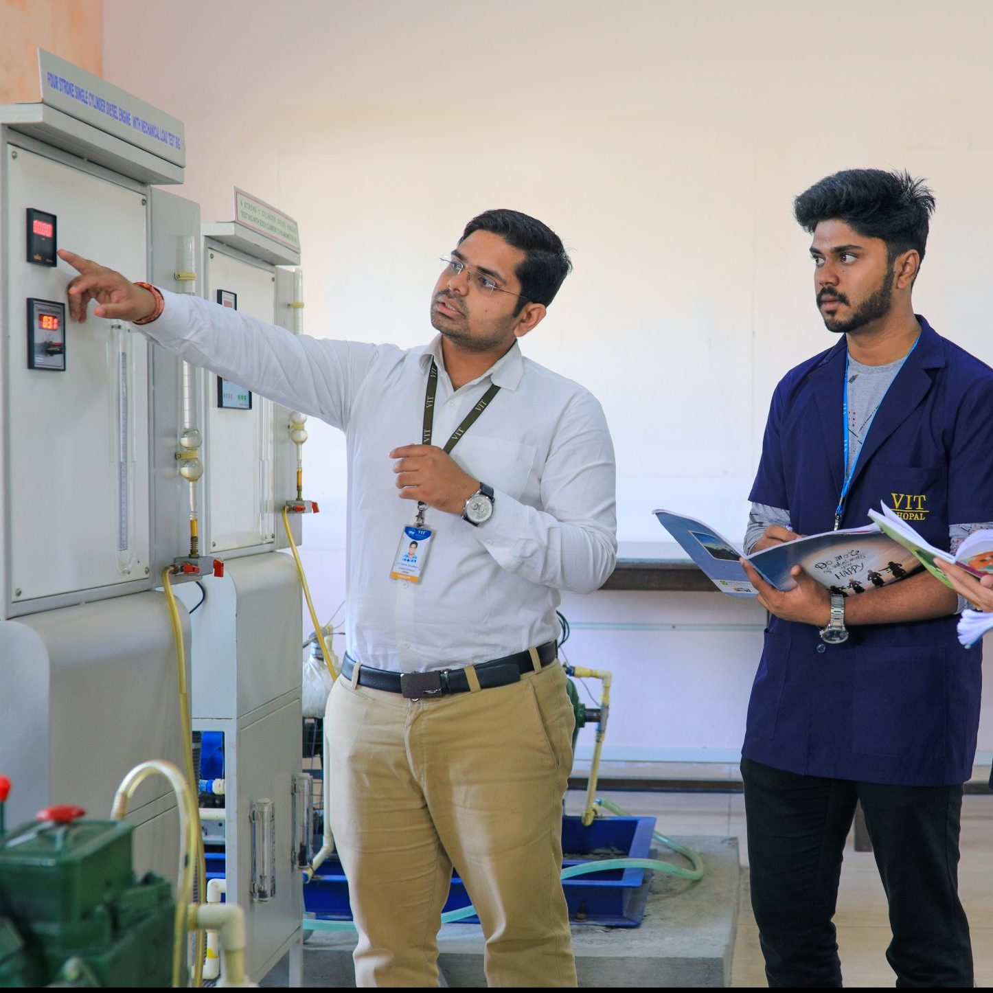 Mechanical lab VIT Bhopal  - Best University in Central India -  9-scaled-e1581404942105