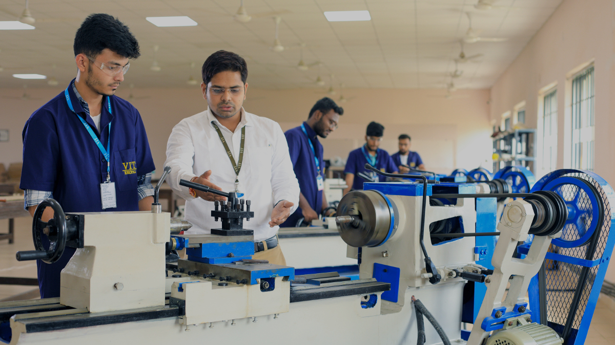 Mechanical Lab VIT Bhopal  - Best University in Central India -  Mechanical-Lab-611