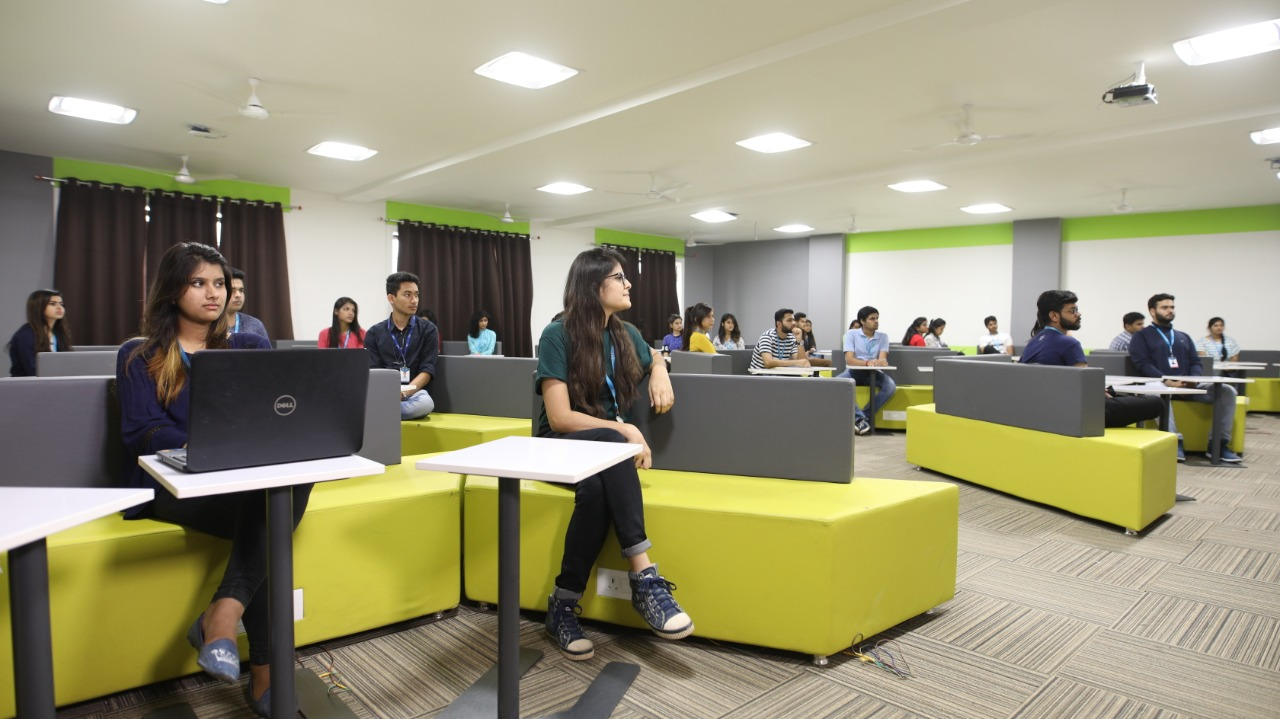 Classroom VIT Bhopal  - Best University in Central India -  class-room-6