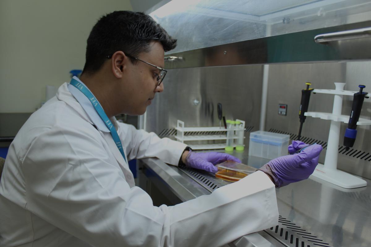 Bio Engineering Lab VIT Bhopal  - Best University in Central India -  image-sbse