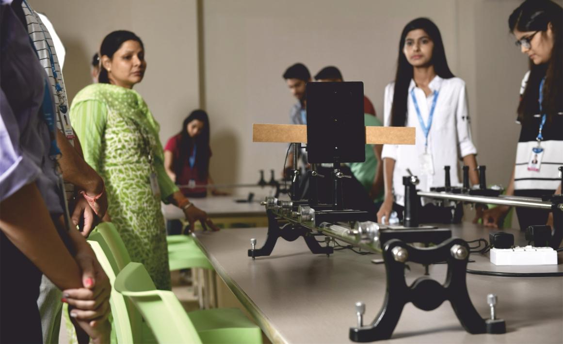 Analog Studio VIT Bhopal  - Best University in Central India -  studio-2