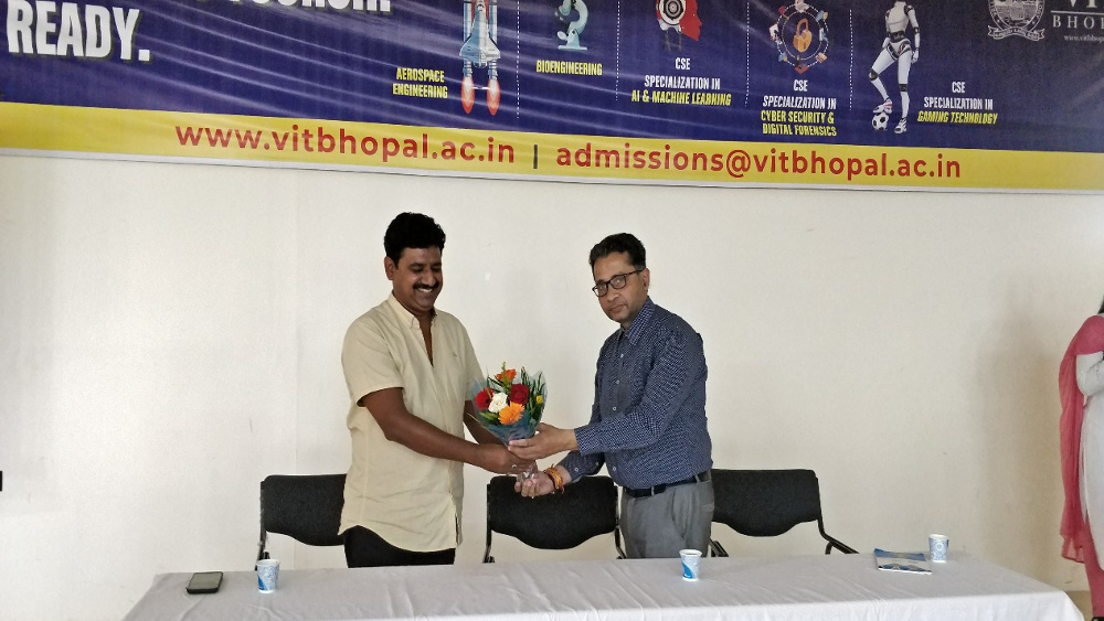 VIT Bhopal  - Best University in Central India -  expert2