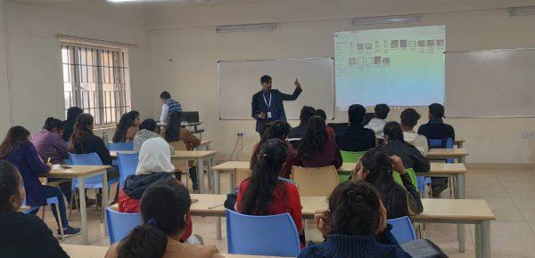 expert3 VIT Bhopal  - Best University in Central India -  expert3-600x290