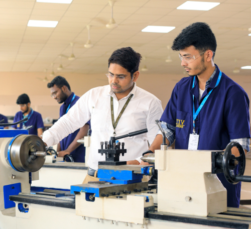 VIT Bhopal  - Best University in Central India -  aboutme