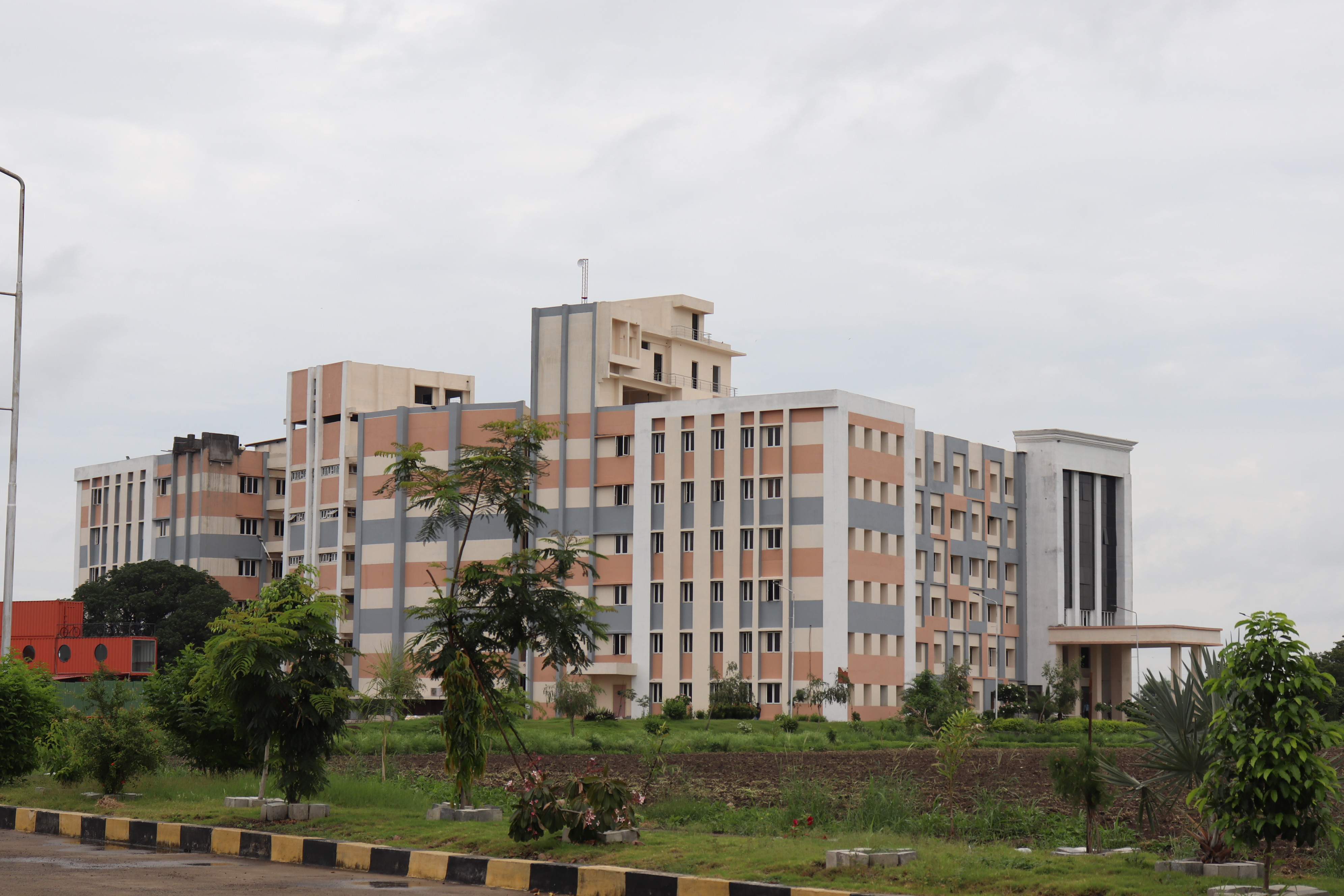 VIT Bhopal  - Best University in Central India -  cl3