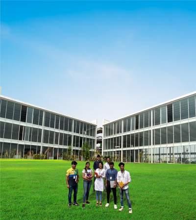 VIT Bhopal  - Best University in Central India -  labcomplexc